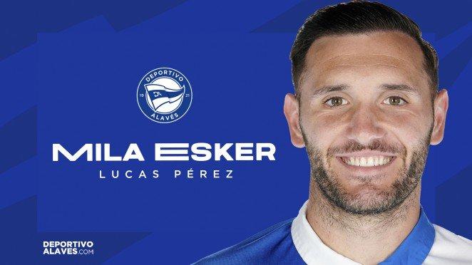 Lucas Pérez abandona el Alavés