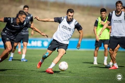 Pere Pons y Javi López se retiran del entrenamiento